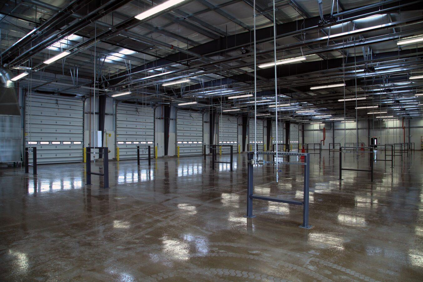 FedEx-Chicago_Interior-Maintenance-Garage